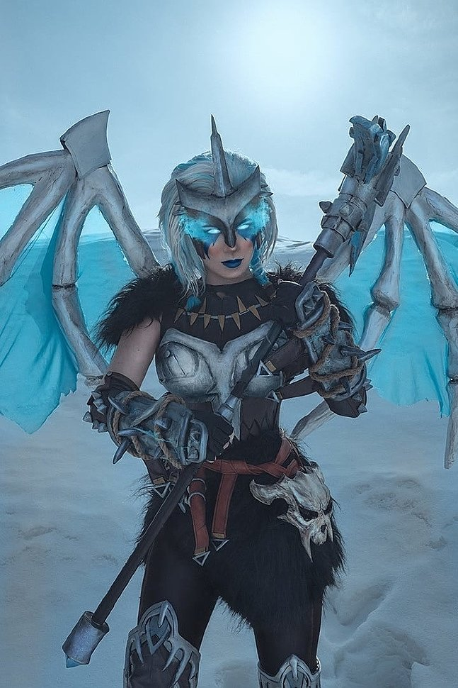 Russian Cosplay: Valkyrie (Fortnite)