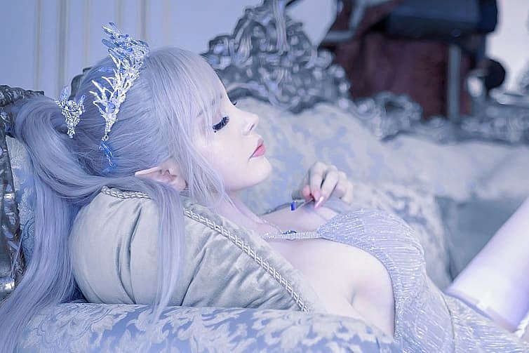 Cosplay: Ice Princess (Ghost Blade by WLOP) by sayathefox