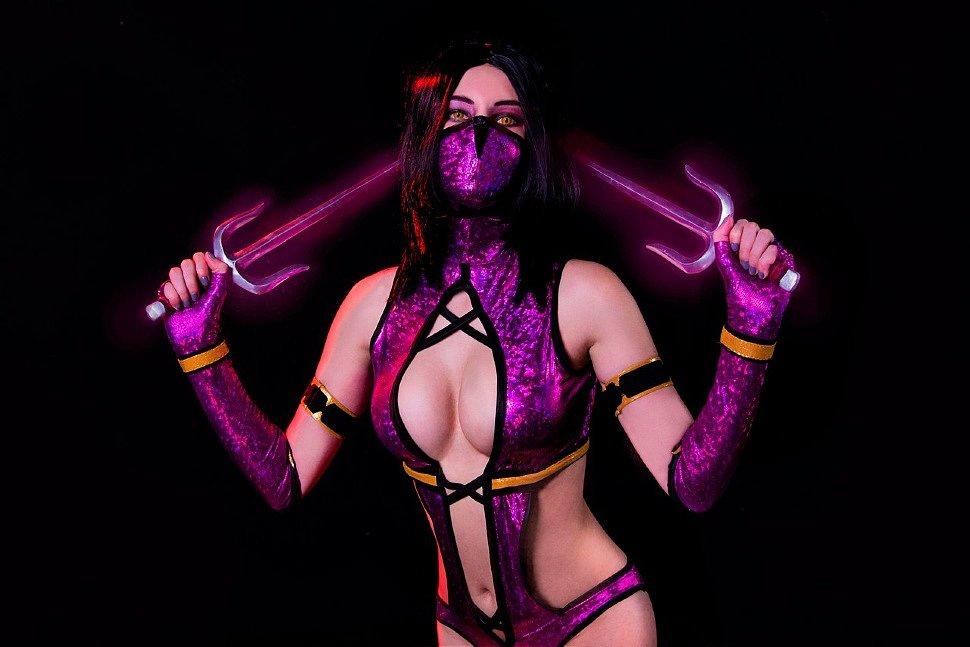 Russian Cosplay: Mileena (Mortal Kombat) by Angel Envy