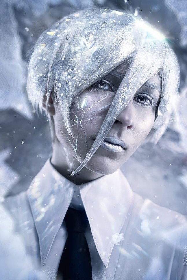 Russian Cosplay: Antarcticite (Land of the Lustrous)
