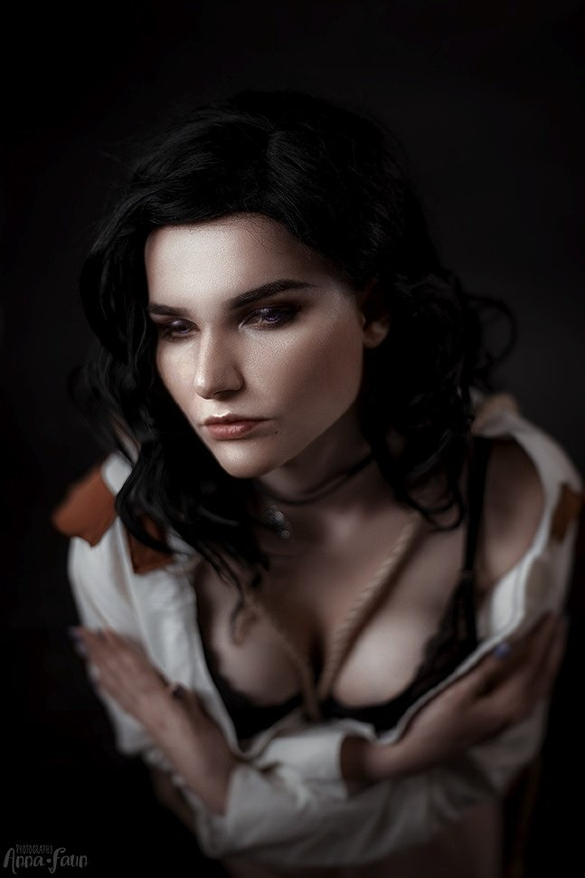 Russian Cosplay: Yennefer (The Witcher) by soracaelum