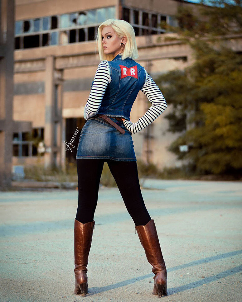 Cosplay: Android 18 (Dragon Ball) by Andrasta