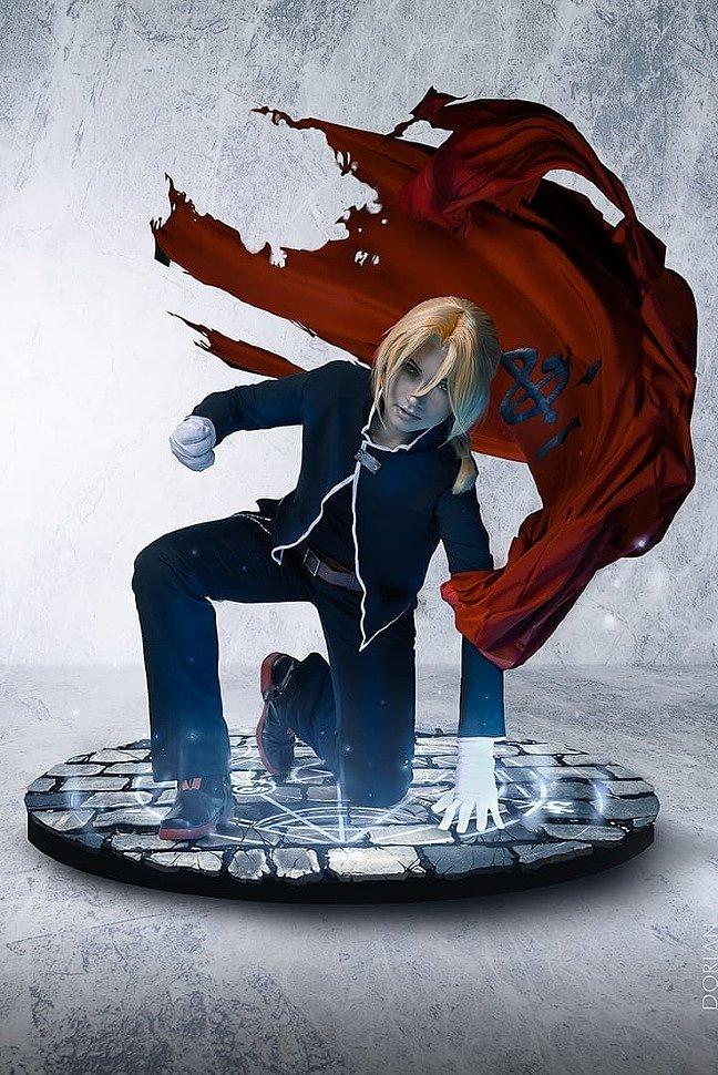 Russian Cosplay: Edward Elric (Fullmetal Alchemist)