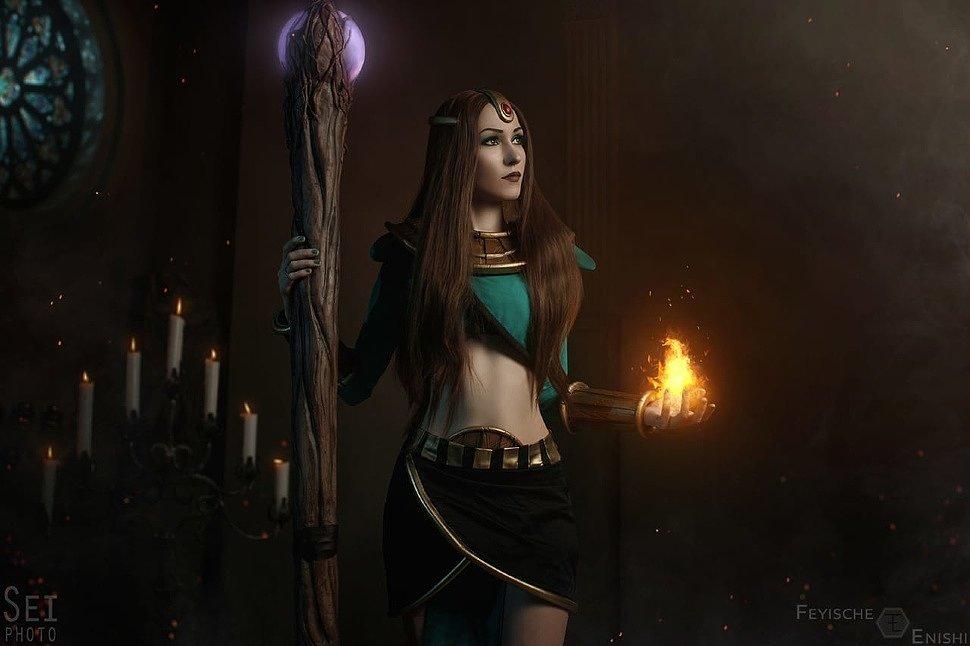 Russian Cosplay: Necromancer & Sorceress (Diablo 2)