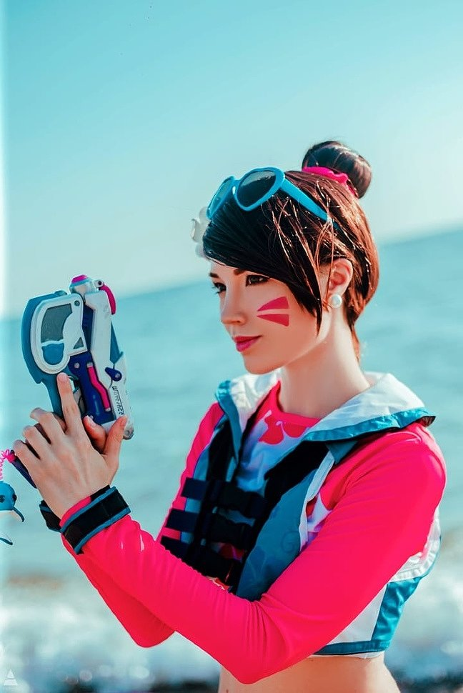 Russian Cosplay: Waveracer D.VA (Overwatch) by Lunaritie