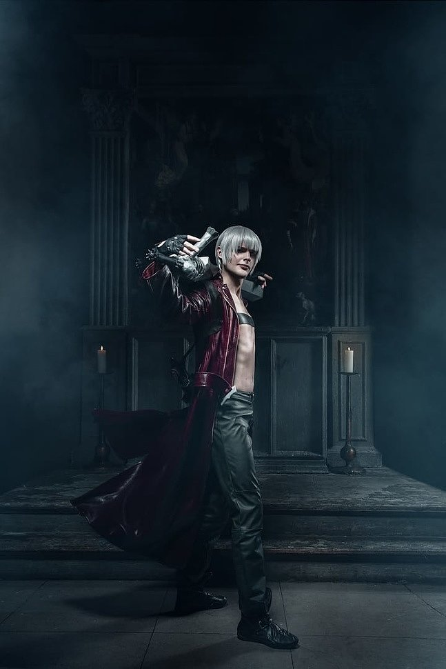 Russian Cosplay: Dante & Vergil (Devil May Cry)