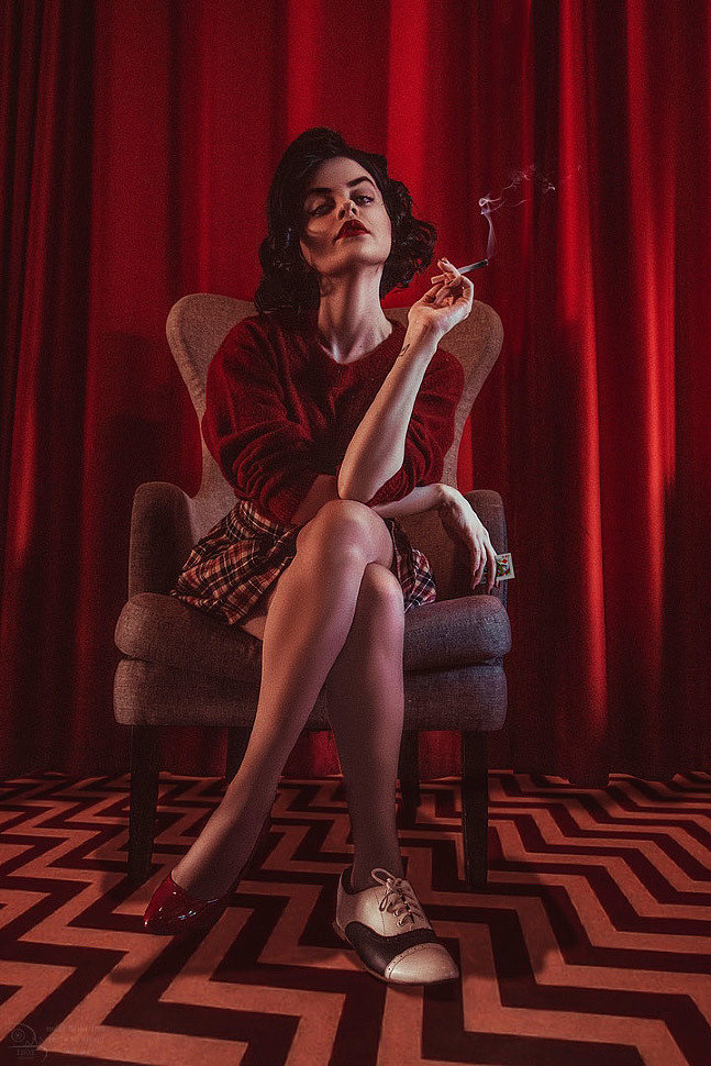 Russian Cosplay: Audrey Horne (Twin Peaks)