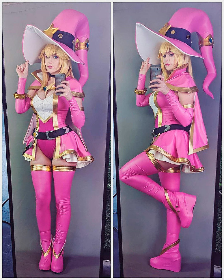 Cosplay: Witch Princess Peach (Mario) by kinpatsucosplay