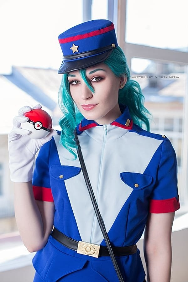 Russian Cosplay: Officer Jenny (Pokemon)