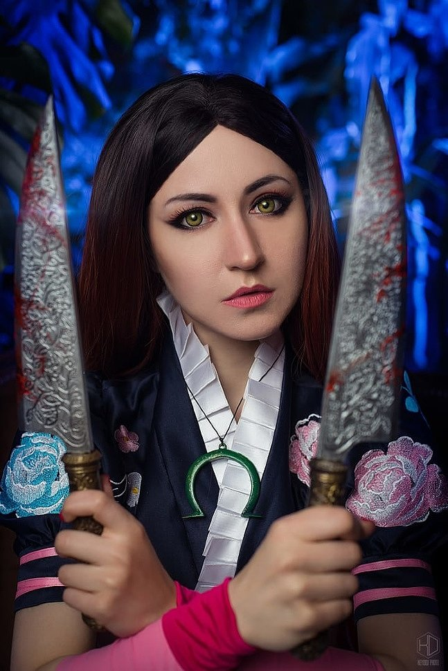 Russian Cosplay: Alice Liddell (Alice: Madness Returns) by Odango