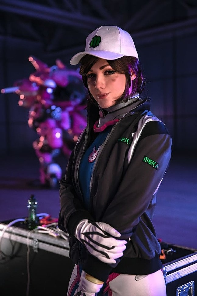 Russian Cosplay: D.Va (Overwatch)