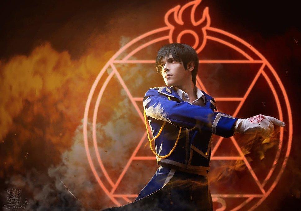 Russian Cosplay: Olivier Mira Armstrong & Roy Mustang (Fullmetal Alchemist: Brotherhood) by Hana & Hideki