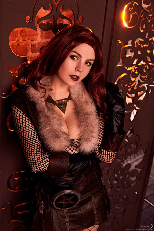 Russian Cosplay: Triss Merigold (The Witcher)