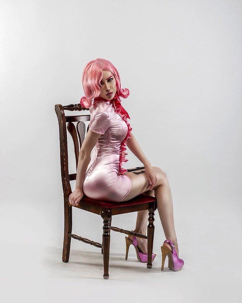 reiju One cosplay piece