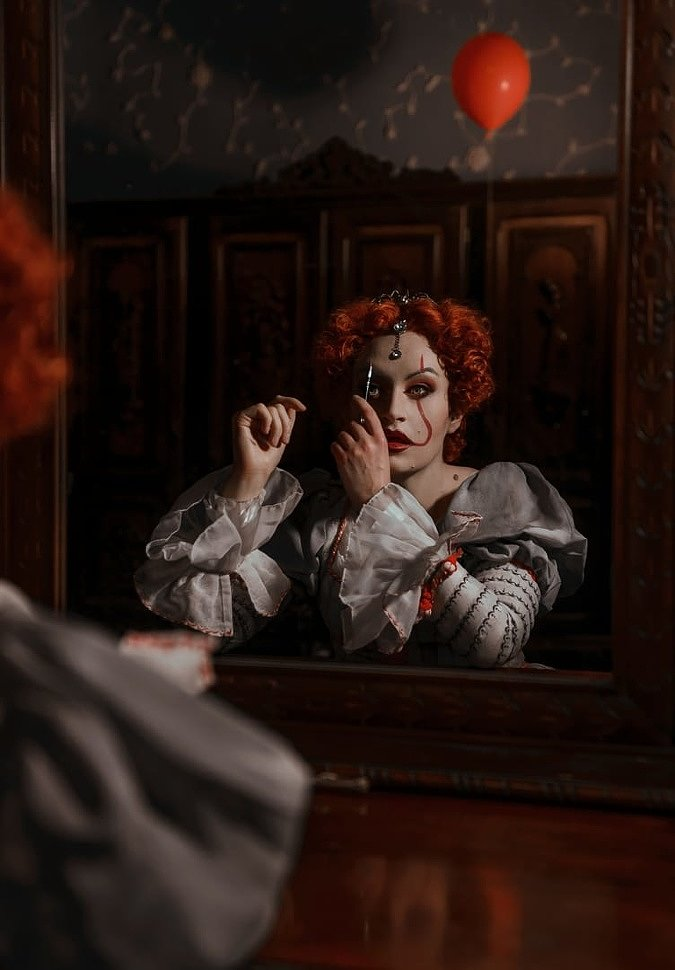 Russian Cosplay: Pennywise + Elizabeth (It) by Anami