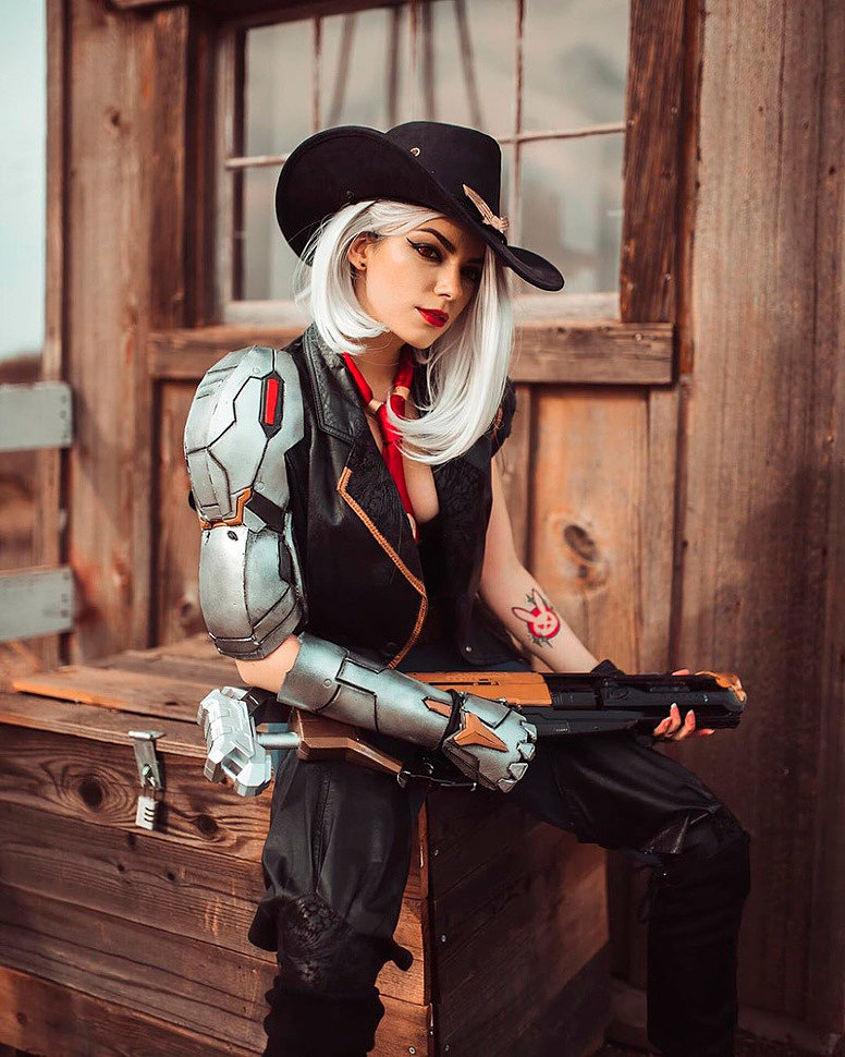 Cosplay: Ashe (Overwatch) by Jess