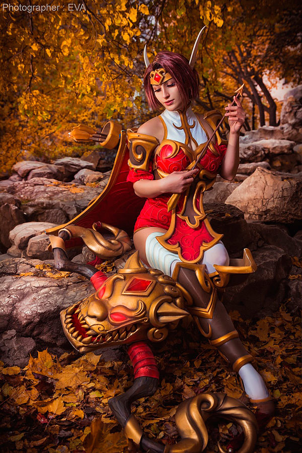 Russian Cosplay: Lunar Sylvanas (Heroes of the Storm) by Anna Alekseeva