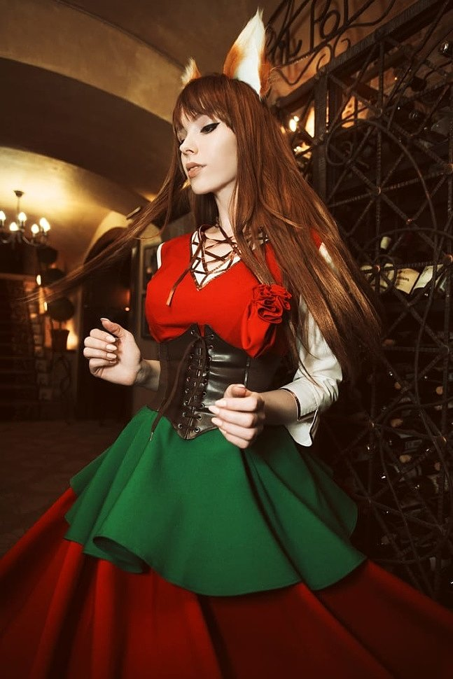 Russian Cosplay: Horo (Spice and Wolf)