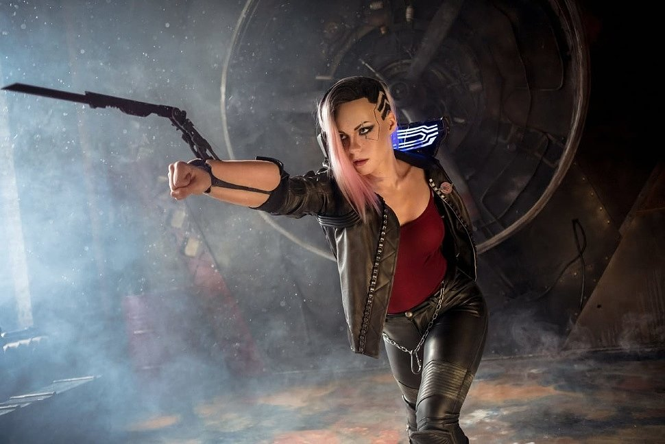 Russian Cosplay: V Female (Cyberpunk 2077)