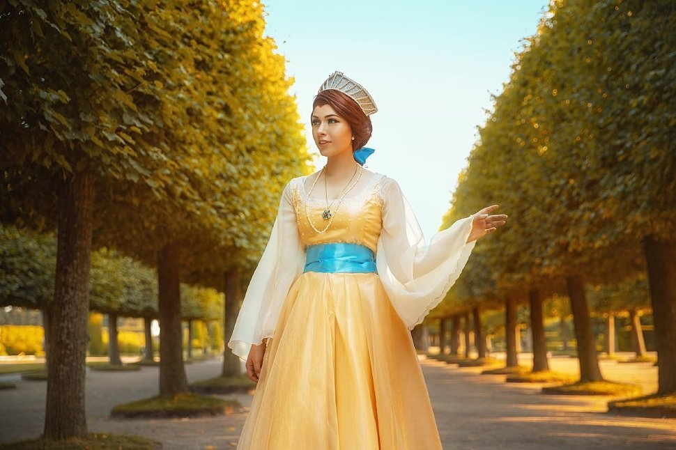 Russian Cosplay: Anastasia by Crimshtein