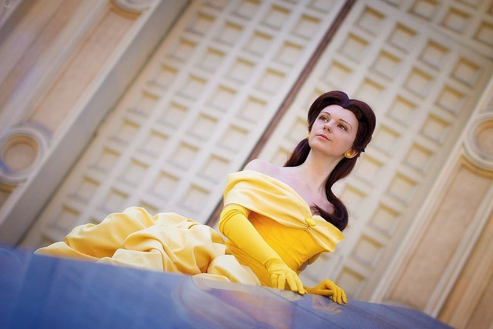 Russian Cosplay: Belle (Beauty and the Beast)