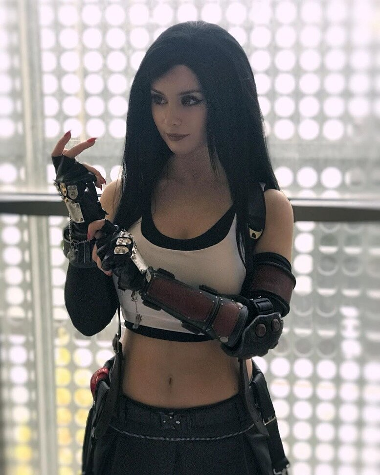 Russian Cosplay: Tifa Lockhart (Final Fantasy 7) by Angie Strelnikova