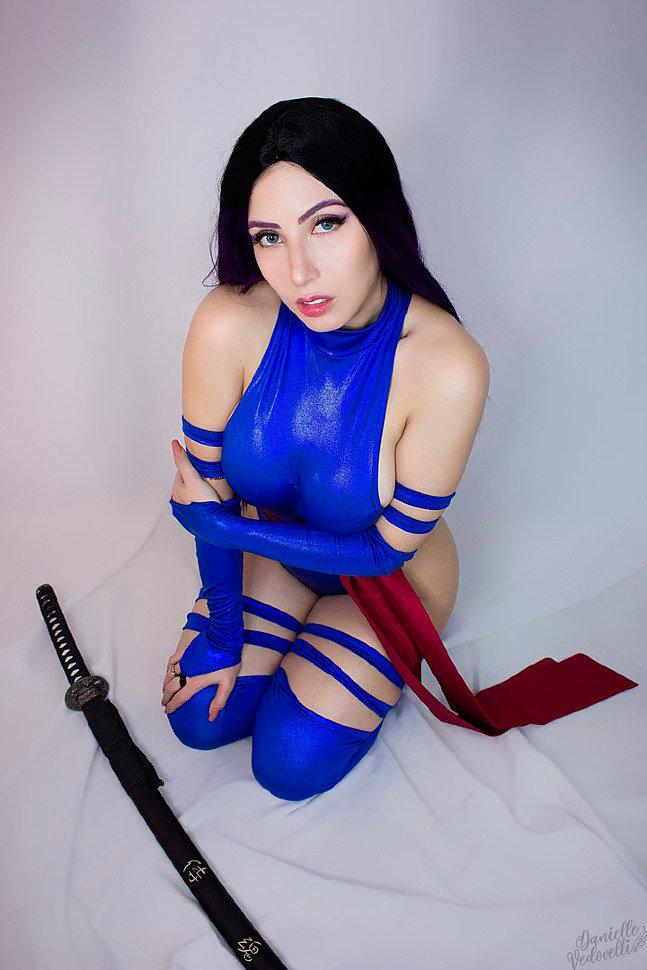 Cosplay: Psylocke (Marvel) by Danielle Vedovelli