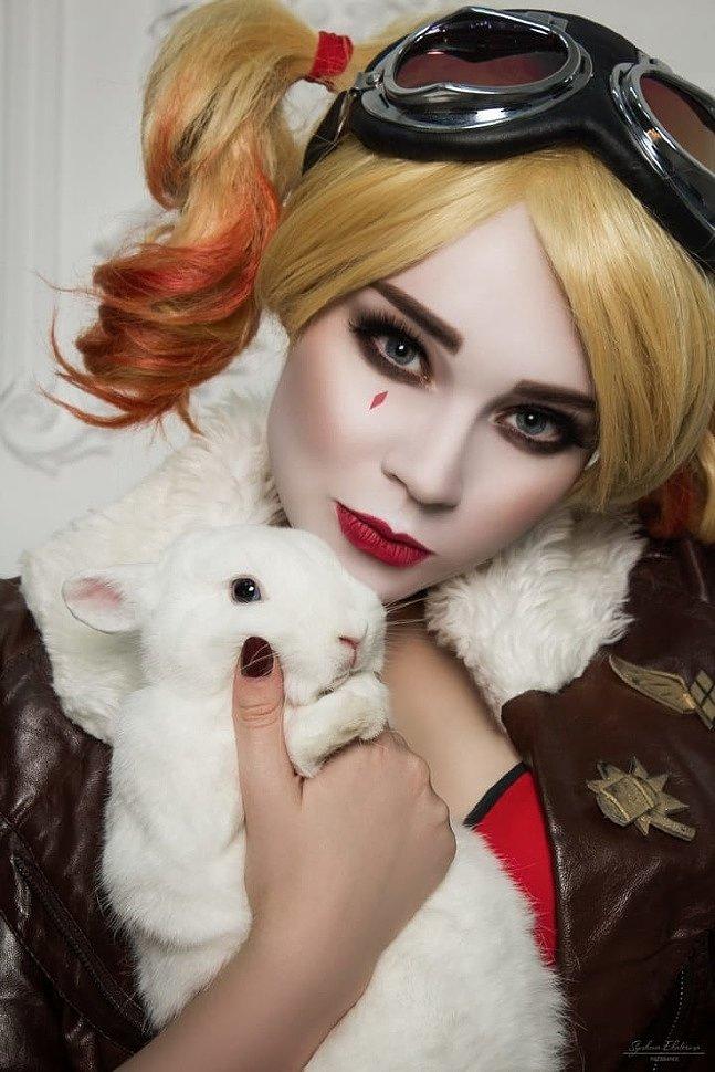 Russian Cosplay: Harley Quinn, Zatanna & Poison Ivy (DC Comics)