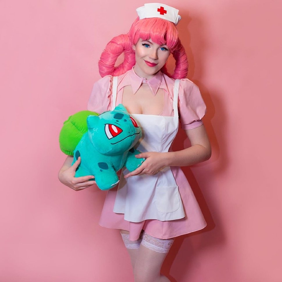 Cosplay: Nurse Joy (Pokemon) by Jazlyn Skyy