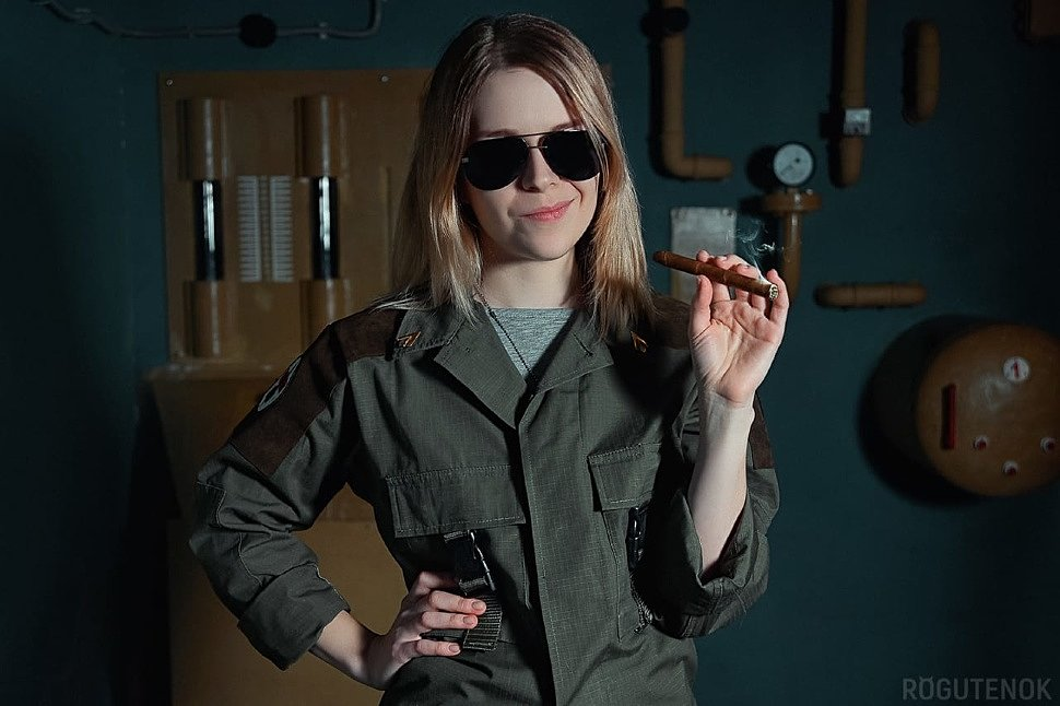 Russian Cosplay: Kara Thrace Starbuck (BattleStar Galactica)