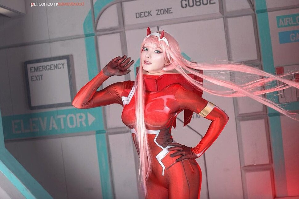 Cosplay: Zero Two (Darling in the Franxx) by saiwestwood