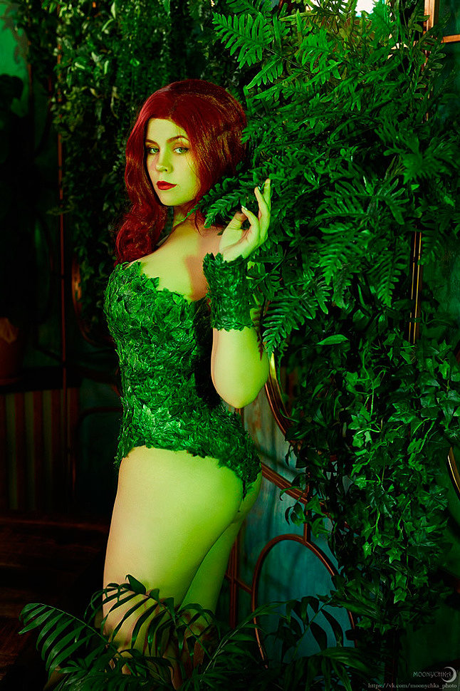Russian Cosplay: Poison Ivy (DC Comics) by Asami