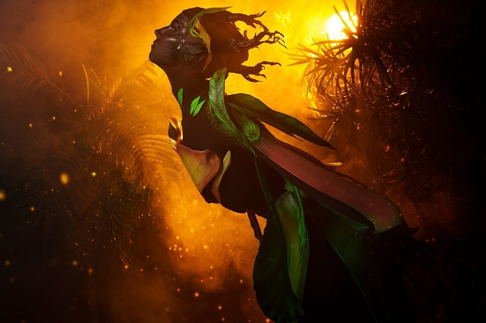 Russian Cosplay: Sylvari Orchid Armor (Guild Wars) by Astriya