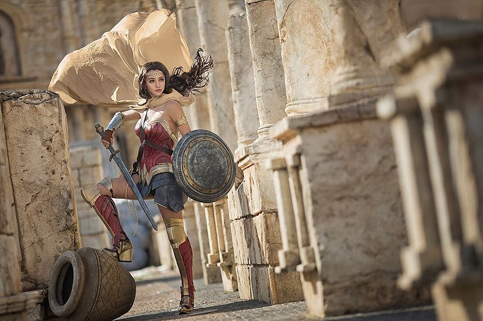 Cosplay: Wonder Woman (DC Comics) by Kilory