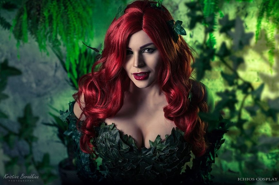 Russian Cosplay: Poison Ivy & Harley Quinn (DC Comics)