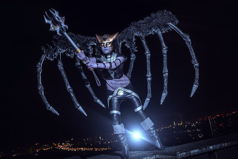Russian Cosplay: Batman & Hawkgirl (Вlackest Night)
