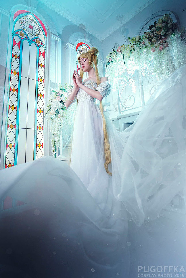 Russian Cosplay: Princess Serenity (Sailor Moon) by Nelly Laufeyson
