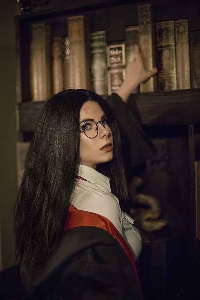 Russian Cosplay: Female Harry & Draco (Harry Potter)
