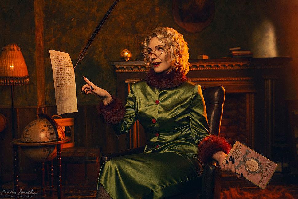 Russian Cosplay: Rita Skeeter (Harry Potter) by bicharskaa_