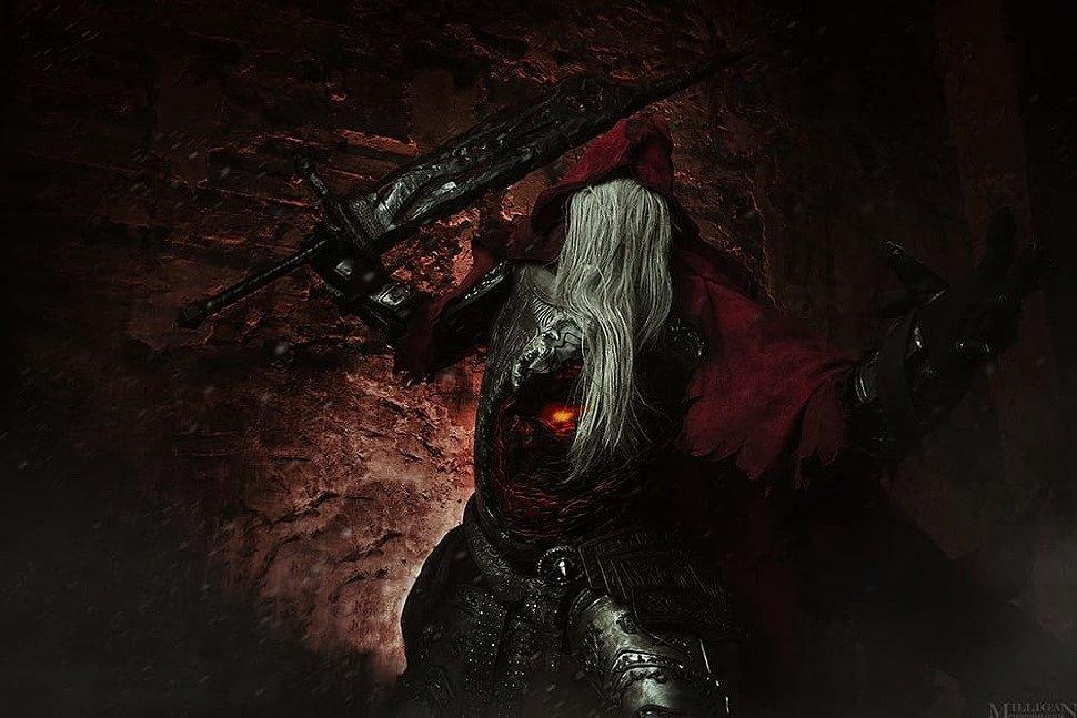 Russian Cosplay: Painter & Gael (Dark Souls)
