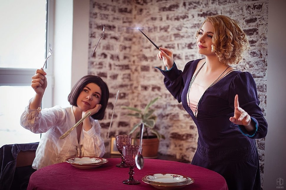 Russian Cosplay: Goldstein sisters (Fantastic Beasts)