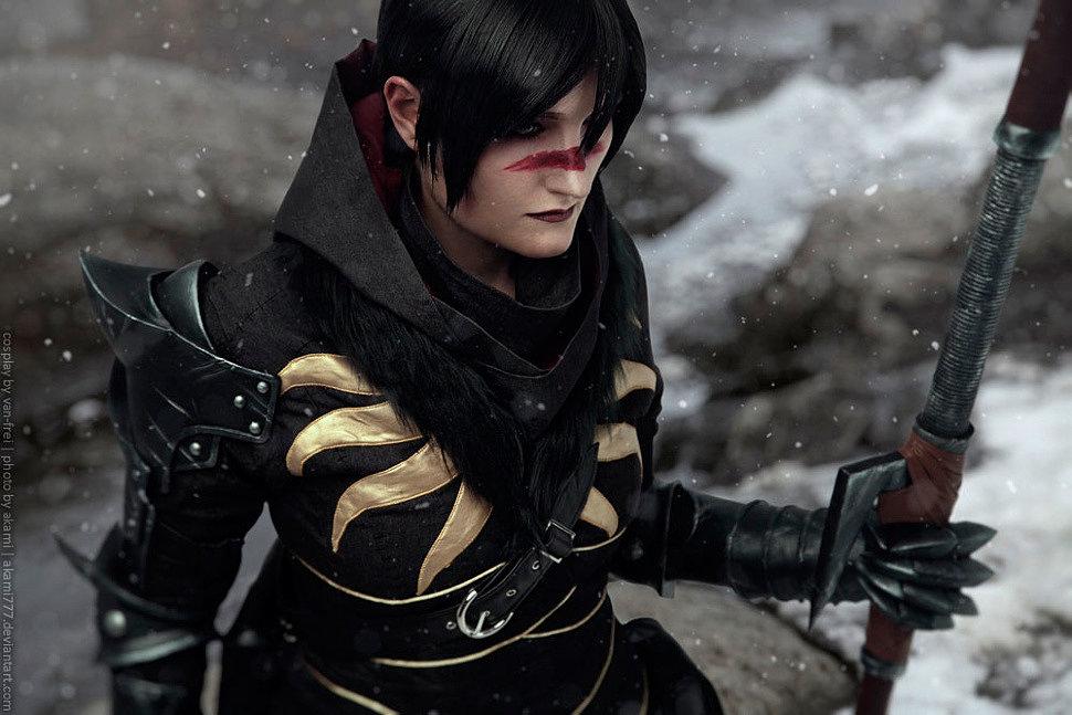 Russian Cosplay: Marian Hawke (Dragon Age 2)