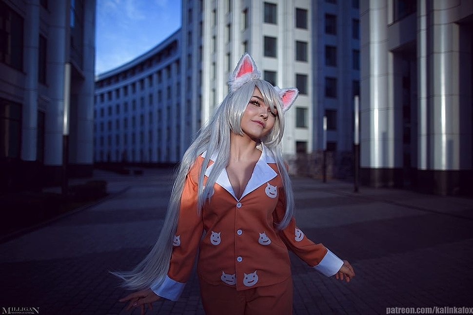 Russian Cosplay: Tsubasa Hanekawa (Bakemonogatari)