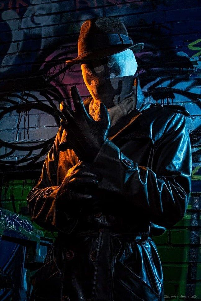 Russian Cosplay: Rorschach (Watchmen) by Hitman Reborn