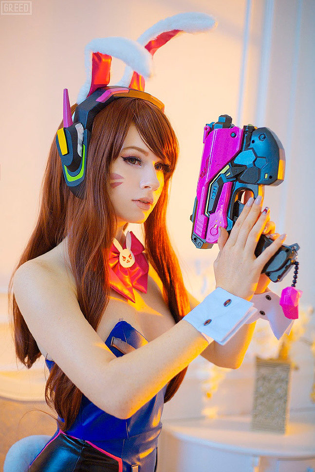 Russian Cosplay: Bunny Dva (Overwatch) by ilovezero