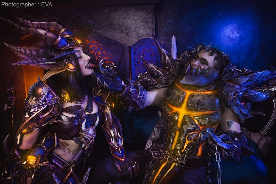 Russian Cosplay: Deathwing and Lady Sinestra (World of Warcraft)