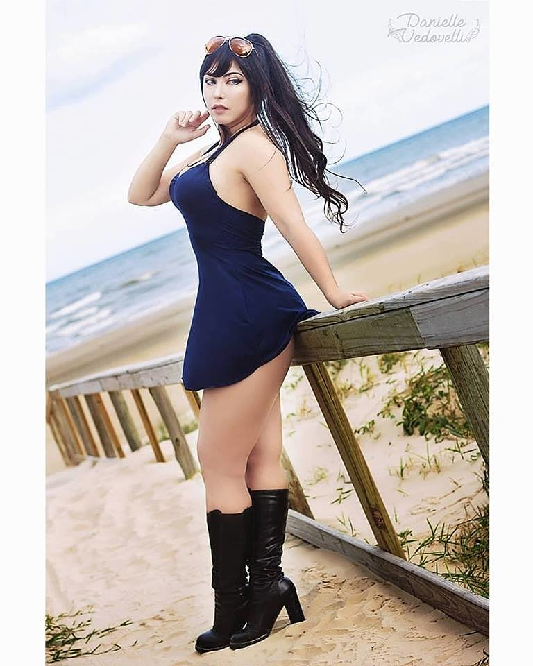 Cosplay: Nico Robin (One Piece) by Danielle Vedovelli