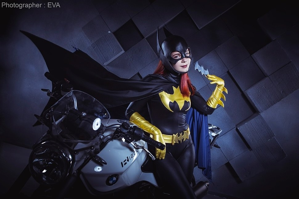 Russian Cosplay: Batgirl (DC Comics) by Shredinger Kota