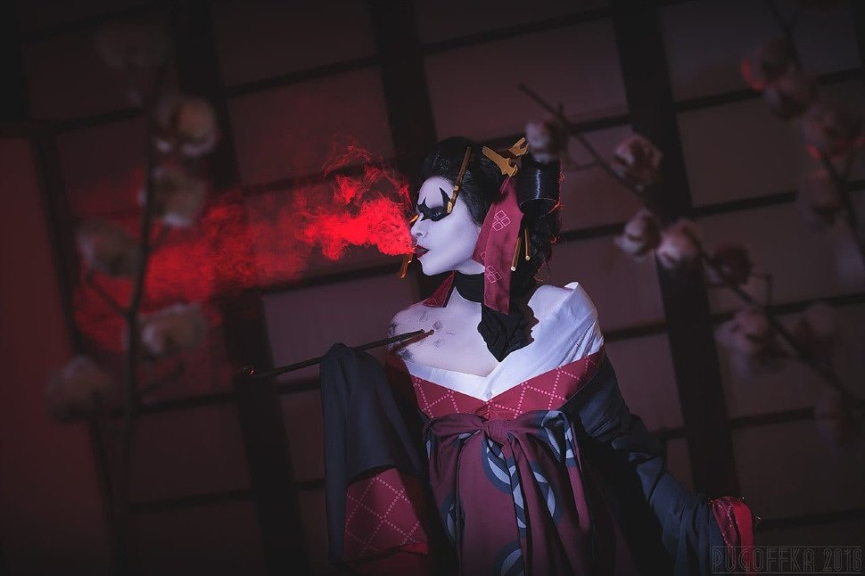 Russian Cosplay: Harley Quinn (DC) by Astarohime
