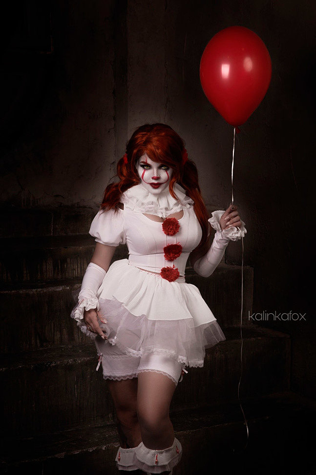 Russian Cosplay: Pennywise (It) by Kalinka Fox (18+)